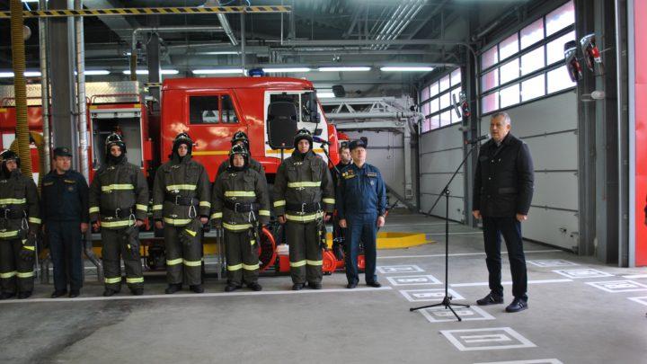 Губернатор Ленобласти открыл в Кудрово новое пожарное депо